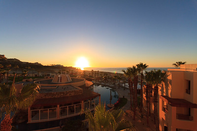 Sunrise over Pueblo Bonito