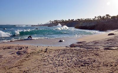 Esperanza beach, incoming tide.