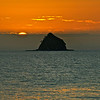 Sunrise Palm Cove  : locals call it ''Scout Hat '' island (as in boy scout hat)