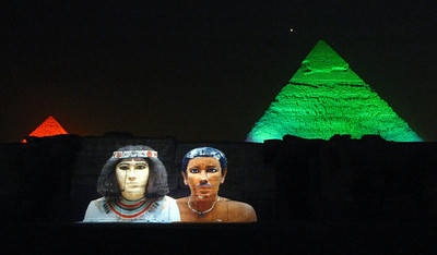 During this part of the pyramids 'Sound & Light' show a 6000 year old love letter was read out (in English translation from hieroglyphic!) .... the narration of these simple words of love from one ancient Egyptian woman to her beloved really humanised the show and brought home the fact that  people were no different then than we are now.