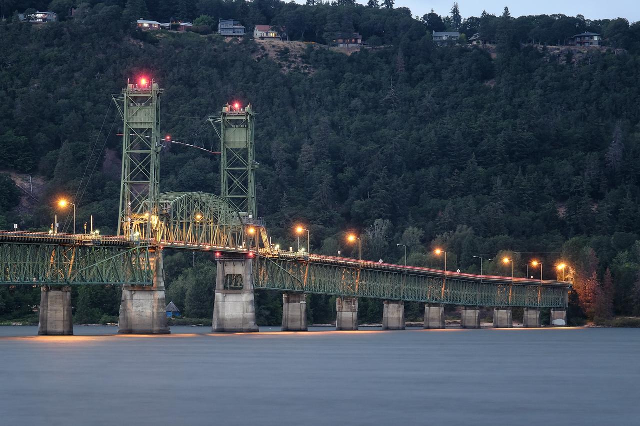 Hood River bridge - connects Oregon to Washington across Columbia River (view of Washington)