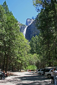 Bridalveil Fall from the parking lot.