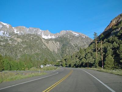 Highway to Sierra-Nevada pass