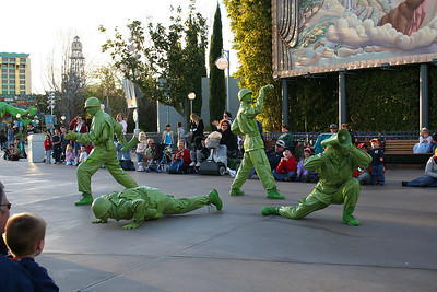 Live green army men entertained the crowd before the Block Party parade