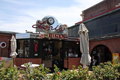 Lori's Diner - Ghiradelli Square