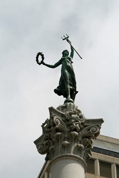 """<b>Union Square</b> - The figurine at the top of the monument, """"Victory,"""" was modeled from the likeness of a local heiress, Alma de Bretteville Spreckels."""
