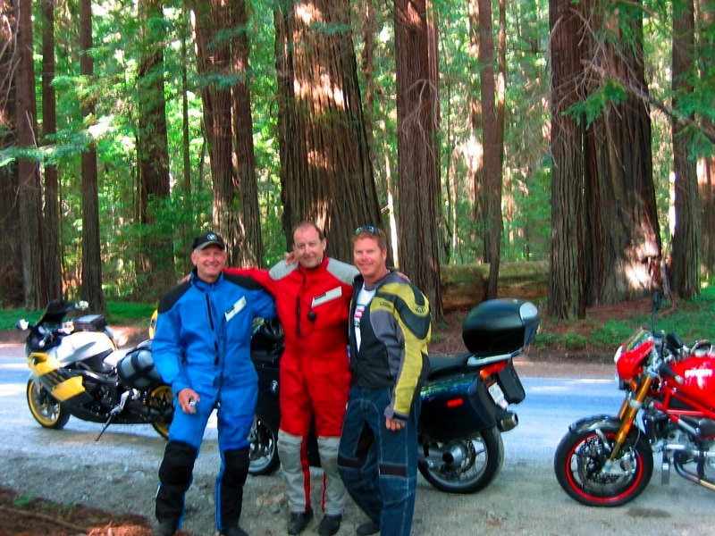 Avenue of the Giants...not us...the Redwoods