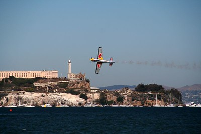 With Alcatraz in the background, the aerobatic pilot faces incredible physical and psychological challenges during the 90 seconds it takes to complete the race.