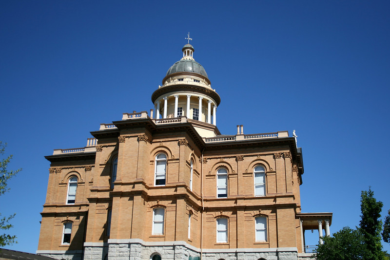 Placer County Courthouse, Auburn, CA.  Image Copyright 2009 by DJB.  All Rights Reserved.