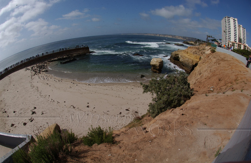 Tried out my brother's fish-eye lens -- shows La Jolla's Casa Beach in one view!