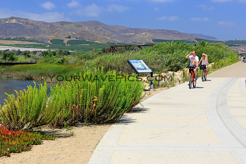 4319_Ventura bike trail_2015-08-20.JPG