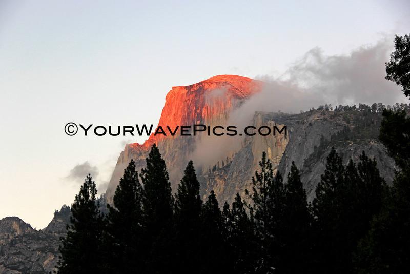 9220_Half Dome sunset.JPG