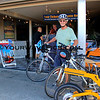8941_Tony bikes.JPG