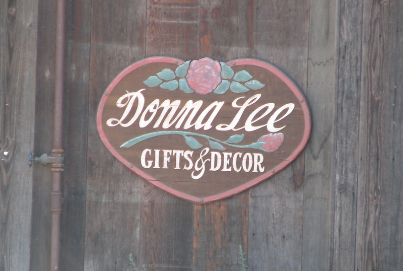 Donna Lee Sign - Old Town Temecula