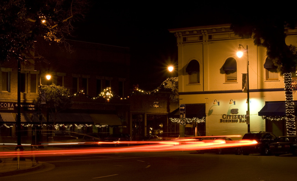 Glassel Circle, Old Town Orange, CA on December 27, 2011.  Image Copyright 2011-12 by DJB.  All Rights Reserved.