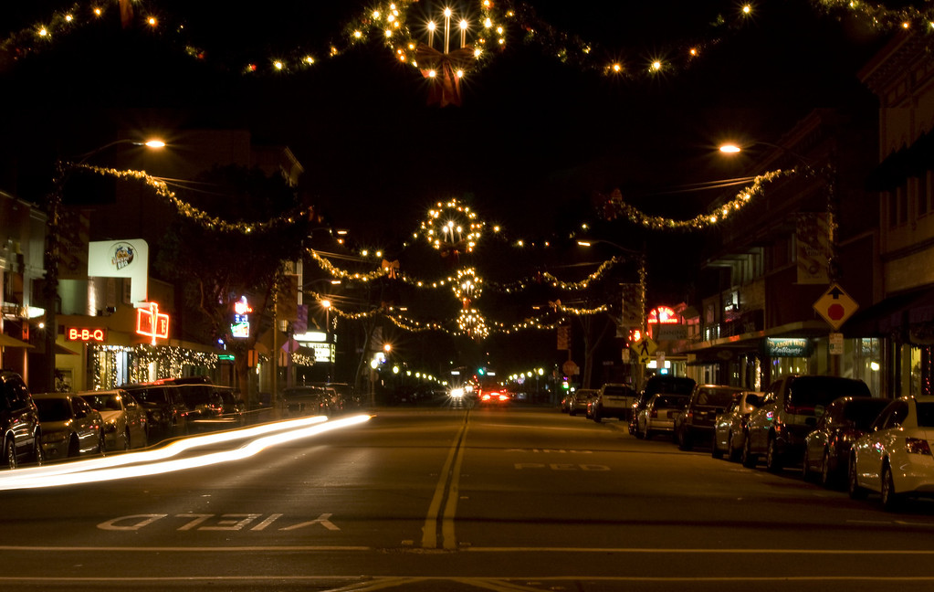 Glassel St, Old Town Orange, CA on December 27, 2011.  Image Copyright 2011-12 by DJB.  All Rights Reserved.