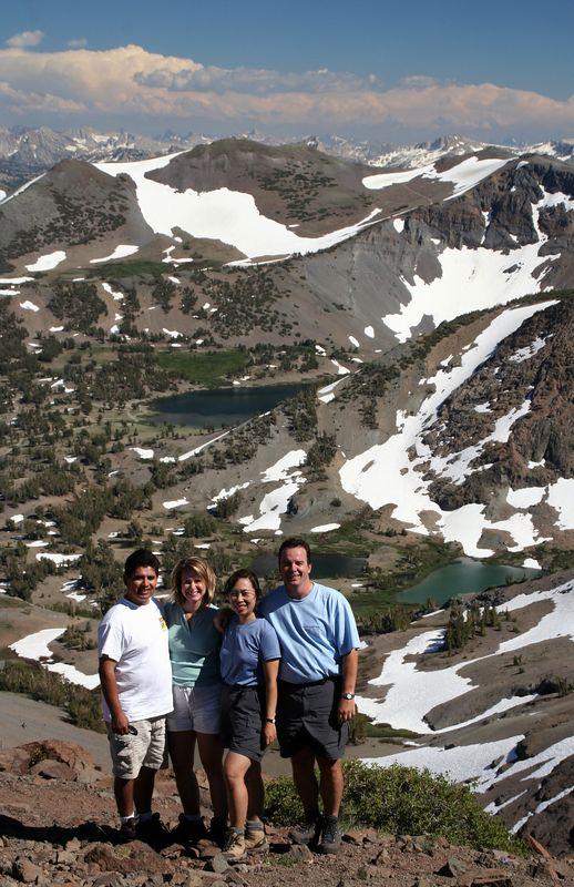 Hugo, Nancy, Judy and Oli. Everybody made it to this splendid vista point (Leavitt Pass).