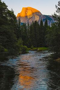 Yosemite_HalfDome-1