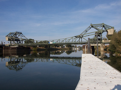 Double bascule drawbridge over the Sacramento River at Walnut Grove; note counterweights  Copyright 2011 Neil Stahl