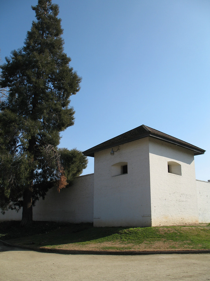 Sutter's Fort, Sacramento, CA. Image Copyright 2007 by DJB.  All Rights Reserved.