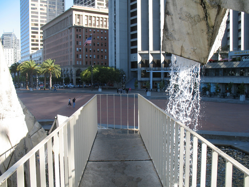 Québec libre ! Fountain, San Francisco, CA.  Image Copyright 2006 by DJB.  All Rights Reserved.