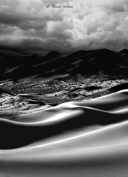 Dunes before DV-bw