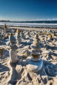 17 Mile Beach pebble statue