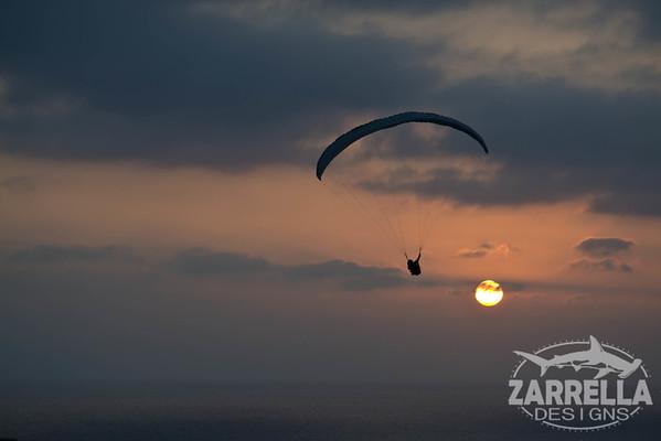Paraglider over La Jolla Beach (San Diego, California)