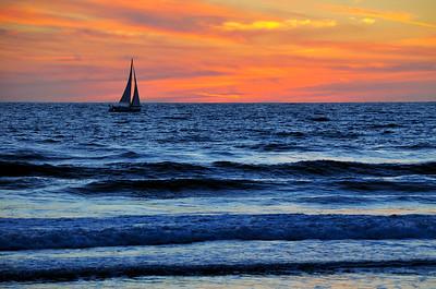 Sunset sailing, Venice Beach