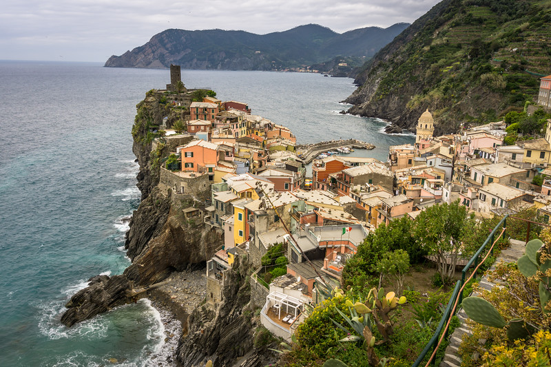 Vernazza from trail to Corniglia