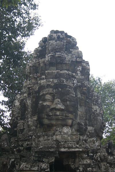 Lokeshvara face at Bantei Kdei