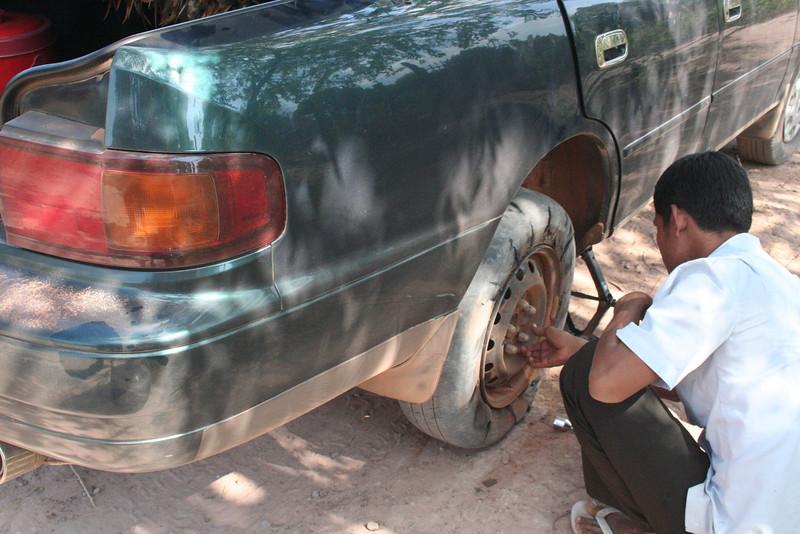 Tire burst on the way to Beng Maelea