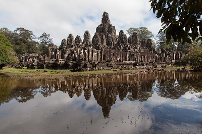 A reflection of Bayon.
