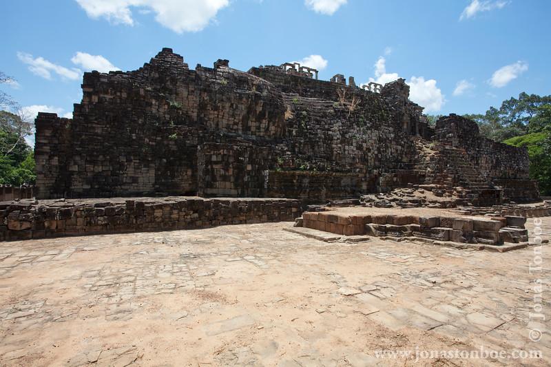 Main Temple and Reclining Buddha