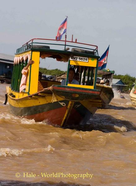 Cruising Tonle Sap Lake, Cambodia