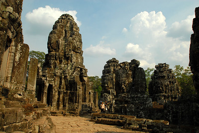 © Joseph Dougherty. All rights reserved.   The upper terrace at Bayon