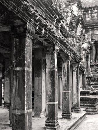 Cambodia - Siem Reap - Angkor - Angkor Wat - main courtyard - columns