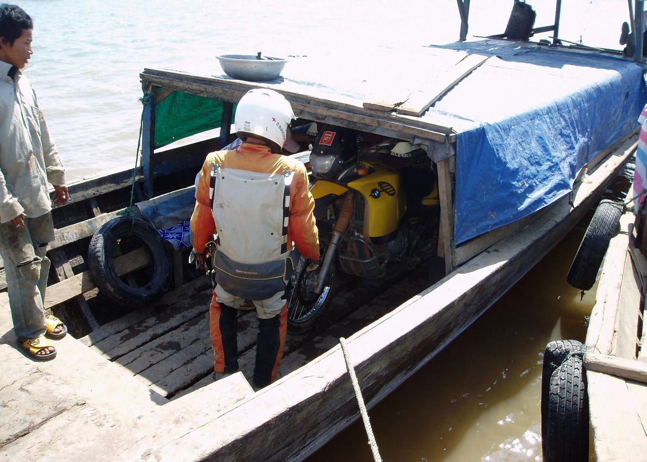 Thala Barivat - Stung Treng ferry