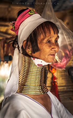 Longneck woman