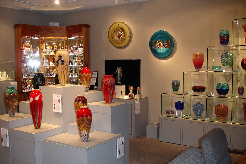 This shop features glass artists from all over the USA.