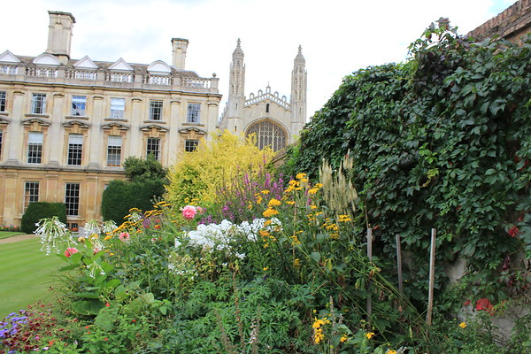 Scholars Garden - Clare College