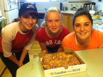 Uncle Keith's special apple pie pizza