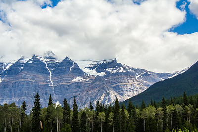Mount Robson Canada,  Elevation 3952 m