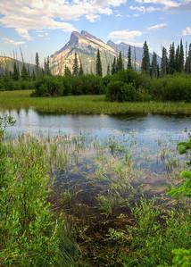 Mt Rundle Vermillion Lake
