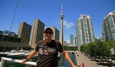 Waterfront Toronto met CN Tower op de achtergrond. Ontario, Canada.