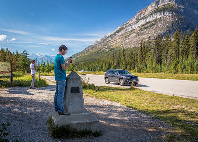 Continental divide on the Vermillion Pass, Banff/Kootenay National Park, Alberta/British Columbia