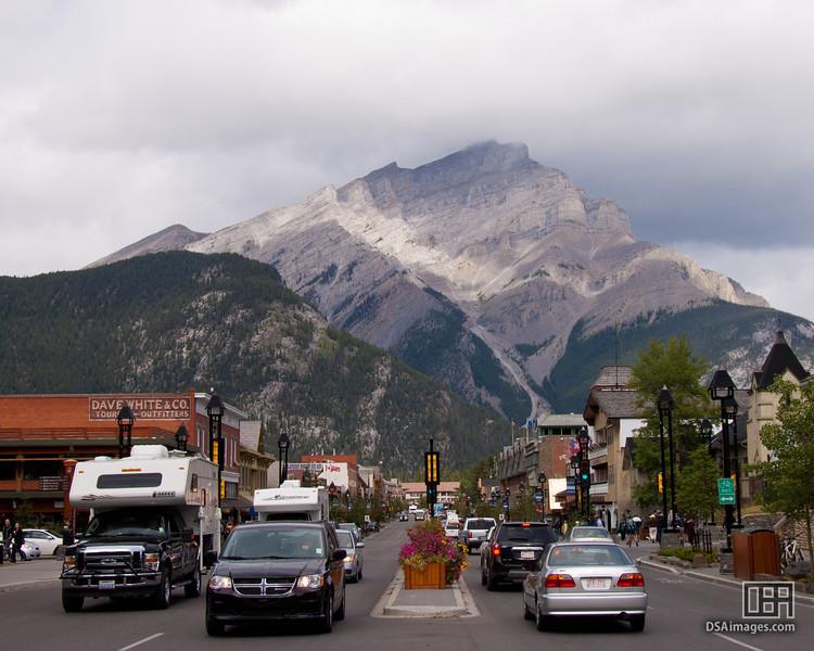 Banff's centre street with Cascade Mountain as a backdrop