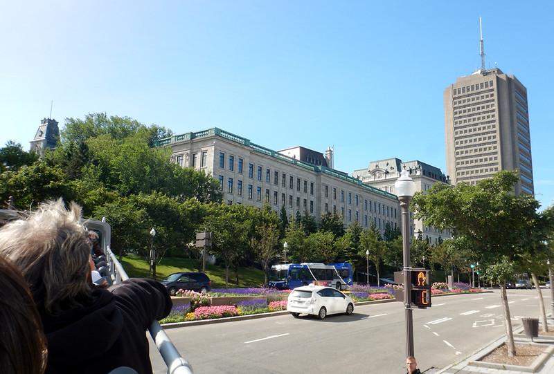 Quebec hop on-hop off bus tour - Quebec Parliament building