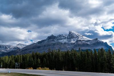 Mountains at the Saskatchewan River Crossing