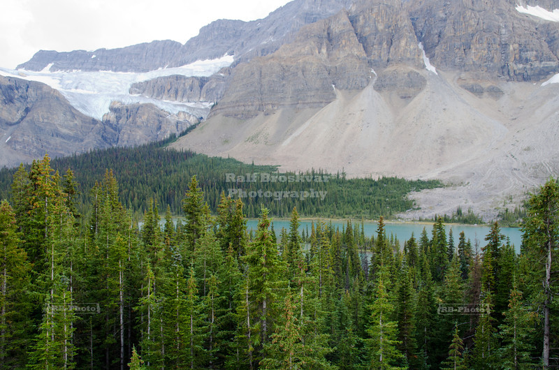 Bow Lake, Crowfoot Glacier and Mount Thompson